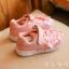 รองเท้าผ้าใบเด็ก สีชมพู แต่งดอกไม้ thumbnail 3