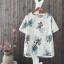 P05251 เสื้อแฟชั่น ผ้าฝ้ายเนื้อดี พิมพ์ลายดอกไม้ สีน้ำเงิน แต่งกระเป๋า thumbnail 1
