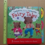 (Ladybird First Favourite) FAIRY TALES / Board Book