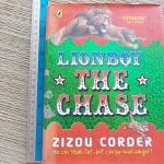 Lion Boy: The Chase (ขอบน้ำตาลเล็กน้อย)