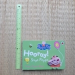Peppa Pig: Hooray! says Peppa (hand Puppet Book)