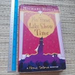 No Time Like Show Time (Hardback)