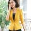 เสื้อสูทแฟชั่น เสื้อสูทสำหรับผู้หญิง พร้อมส่ง สีเหลือง คอปก แขนพับสามส่วน หัวไหล่ยกนิดๆ thumbnail 5