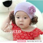 ไซส์ 6 เดือน ถึง 2 ปี หมวกเด็กไหมพรมผู้หญิง แต่งดอกไม้ มีปอยผม สีม่วง