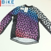 เสื้อปั่นจักรยาน ขนาด M ลดราคาพิเศษ รหัส H498 ราคา 370 ส่งฟรี EMS