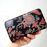 กระเป๋าสตางค์ยาว pimkie wallet ปักลายดอกไม้ ของแท้ หนังเรียบ ทรงยาว ซิปรอบ