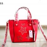 กระเป๋า Guess Tote Bag หนัง สีสวย ลายคลาสิค แต่งมุด สุดเก๋ สีแดง