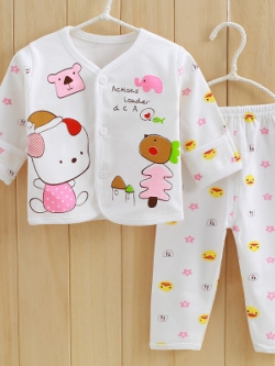 ไซส์ 0-3 เดือน ชุดนอนเด็กผ้าฝ้าย แบบติดกระดุมหน้า Hi Happy Love