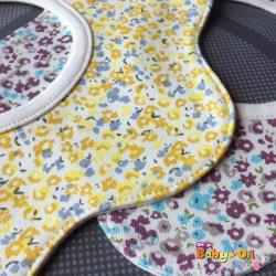 ผ้าซับน้ำลายเด็ก ผ้ากันเปื้อนเด็กเล็ก แบบ 360 องศา ปลายหยักโค้ง / ลายดอกไม้ดอกเล็ก (มี 2 สี)