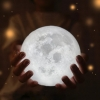 โคมไฟสัมผัสดวงจันทร์ 3มิติ