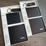 Calvin Klein Leather Gift Set 4 Pcs. มี 2 สองสีให้เลือกค่ะ