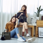 Amory Genuine Leather Side Zip Bag 2018 มี 4 สีให้เลือกค่ะ