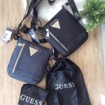 Guess CROWN MINI CROSSBODY BAG มี 2 สีให้เลือกค่ะ