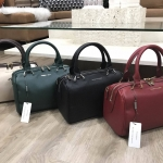 CHARLES & KEITH DOUBLE ZIP BOWLING BAG มี 4 สีให้เลือกค่ะ