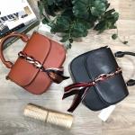 CHARLES & KEITH Scarf Buckle Handbag 2018 free ถุงผ้า มี 2 สีให้เลือกนะคะ