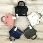 CHARLES & KEITH CITY BAG รุ่นใหม่ ดีไซน์ยอดนิยม free ถุงผ้า