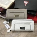 GUESS Lady Long Wallet free กล่องแบรนด์