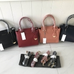 CHARLES & KEITH Small City Bag free ถุงผ้า มี 5 ให้เลือกค่ะ* สินค้า outlet