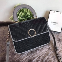 กระเป๋า CHARLES & KEITH CIRCULAR BUCKET TEXTURED BAG ราคา 1,390 บาท Free Ems