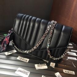 Zara Leather Crossbody Bag พร้อมผ้าพันกระเป๋าเลยค่ะ