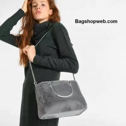 กระเป๋า CHARLES & KEITH FURRY TOTE สีเทา ราคา 1,490 บาท Free Ems