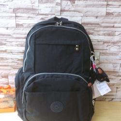 กระเป๋า KIPLING BAG OUTLET HONG KONG สีดำ ด้านในหนา นุ่มมากๆ น้ำหนักเบาค่ะ สินค้า มี SN ทุกใบนะคะ