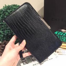 กระเป๋า CHARLES & KEITH LONG TEXTURED WRISTLET 2016 สีดำ ราคา 1,090 บาท Free Ems