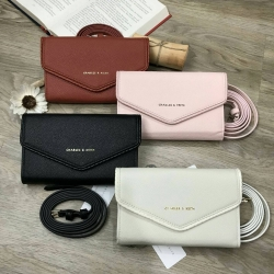 Charles & Keith Envelope Clutch free ถุงผ้า มี 4 สีให้เลือกค่ะ *สินค้า outlet