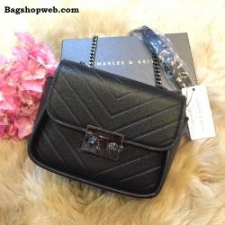 กระเป๋า CHARLES & KEITH PUSHLOCK CROSSBODY BAG สีดำ ราคา 1,390 บาท Free Ems