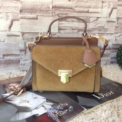 กระเป๋า CHARLES&KEITH SMALL SATCHEL (Camel) ราคา 1,390 บาท Free ems