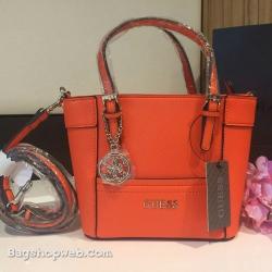 กระเป๋า GUESS SAFFIANO MINI CROSS BODY BAG