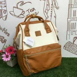 กระเป๋าเป้ Anello Polyester Canvas Rucksack Classic สีขาว- วัสดุผ้าแคนวาสอย่างดี รุ่นคลาสสิกพิเศษมีซิปด้านหลัง