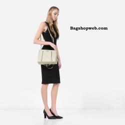 กระเป๋า Charles & Keith Quilted shoulder bag ราคา 1,290 บาท Free Ems