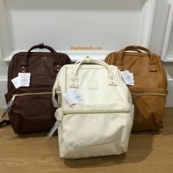 กระเป๋าเป้ Anello Classic Polyurethane Leather Rucksack รุ่นนี้เป็นขนาดคลาสสิกค่ะ มีมาให้เลือกทั้งหมด 3สี