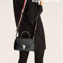 กระเป๋า Zara CrossBody Bag With Fastening Detail ราคา 1,290 บาท Free Ems