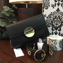 กระเป๋า Charles & Keith Circular Bucket Crossbody สีดำ