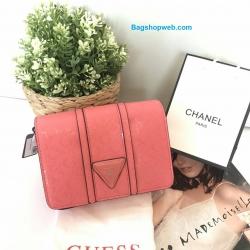 กระเป๋าสะพายข้าง มินิ GUESS MINI SHOULDER BAG ราคา 1,290 บาท Free Ems