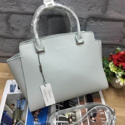 CHARLES&KEITH LARGE CITY BAG 2017 OUTLET สีฟ้า ใบใหญ่