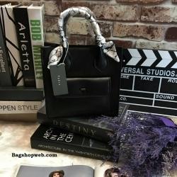 กระเป๋า PEDRO Mini Contrust Flap สีดำ ราคา 1,390 บาท Free Ems