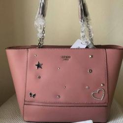 กระเป๋า Guess ทรง Tote สีโรส สินค้าแท้ สวยมากคร้า