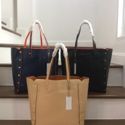 CHARLES & KEITH Reversible Over Sized Tote 2018 มี 3 สีให้เลือกค่ะ * สินค้า outlet