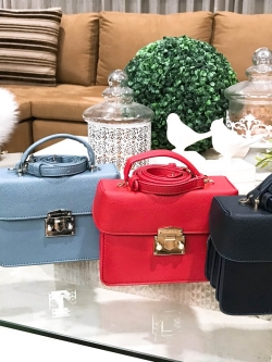 CHARLES & KEITH Top Handle Bag 2018 free ems *สินค้า outlet มี 4 สีให้เลือกค่ะ