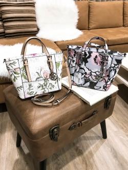 GUESS Mini Cross Body Printed Flower Bag free ถุงผ้า
