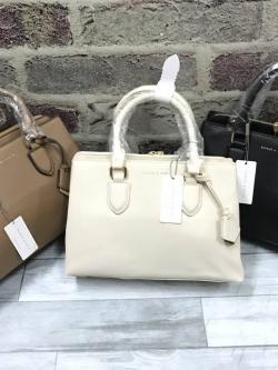 CHARLES & KEITH Basic Large Handbag free ถุงผ้า