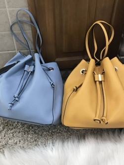 Zara bucket bag crossbody *สินค้า outlet