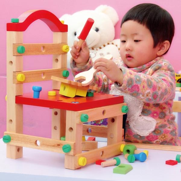 รูปภาพสินค้า ของเล่นไม้ ชุดงานช่าง เก้าอี้ขันน๊อต เสริมพัฒนาการ ฝึกทักษะงานช่าง ใช้นั่งเป็นเก้าอี้ได้จริง