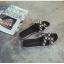 รองเท้าแตะไซส์ใหญ่ ไซส์ 42 ดีไซน์ H ประดับไข่มุกสุดหรู นำเข้าเกาหลี หนังแท้ สีดำ รุ่น KR0588 thumbnail 5
