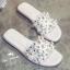 รองเท้าแตะไซส์ใหญ่ ไซส์ 42-46 ดีไซน์ H ประดับไข่มุกสุดหรู หนังแท้ สีขาว รุ่น KR0588 thumbnail 2