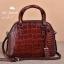 กระเป๋าถือหนังแท้ จระเข้ สีแดงเข้ม งานเกาหลี มีสายสะพายยาว รุ่น BB0158 thumbnail 1