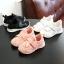 รองเท้าคัชชูเด็กสีดำ เทปหน้าไขว้เท่ห์ Size 26-36 thumbnail 2